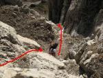Скельна стінка на першій мотузці, початок першої мотузки другої ділянки
