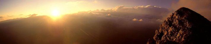 Закат солнца с хребта Пьятра Краулюй (Piatra Craiului)