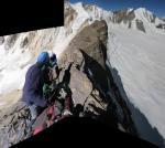 Ф. 56 Западный гребень г. 5647 - вид на запад. Справа по ходу огромные скальные сбросы
